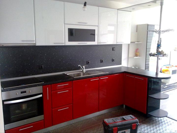 Кухненско обзавеждане - Червен и бял гланц