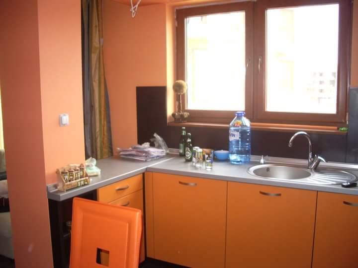 Кухненско обзавеждане - Венге и оранжево
