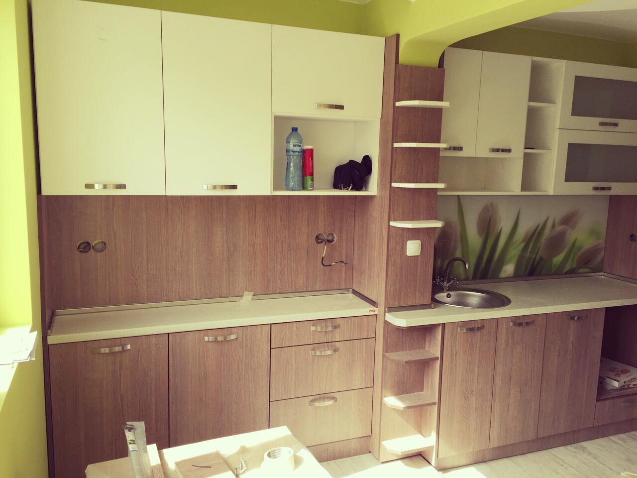 Кухненско обзавеждане - Дъб шато и бяло