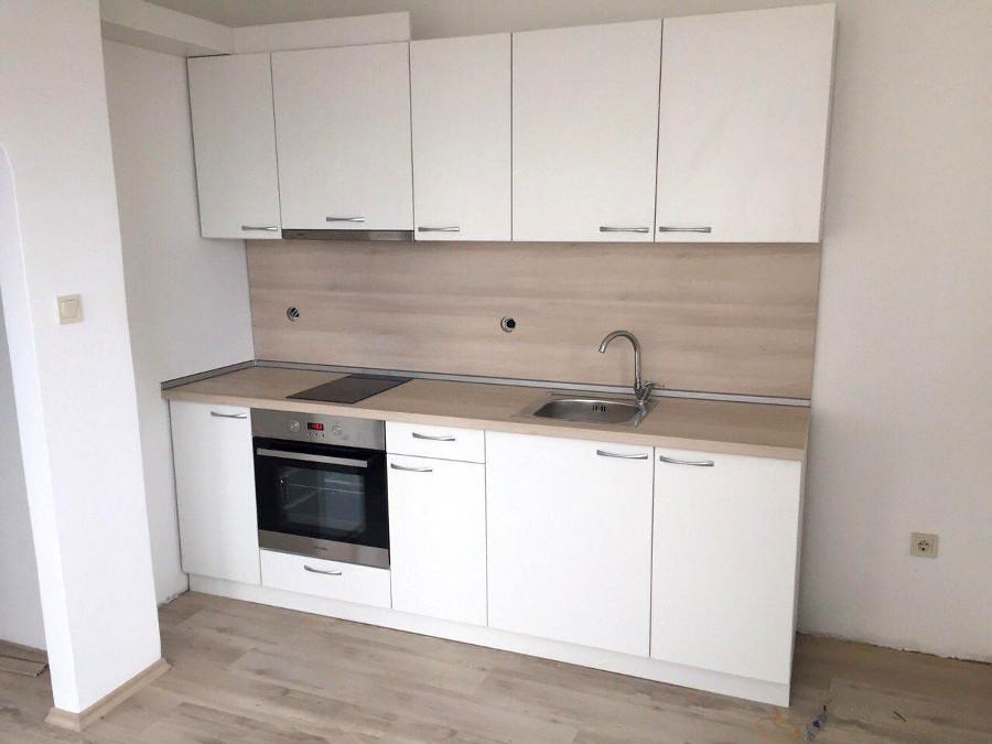Кухненско обзавеждане - Бяло шагре и акация