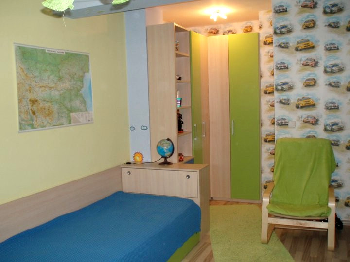Обзавеждане за детска стая - Акация и ябълково зелено