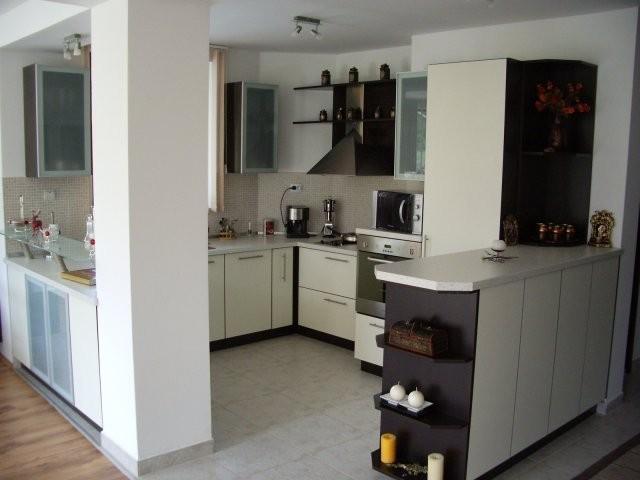 Кухненско обзавеждане - Венге и крем