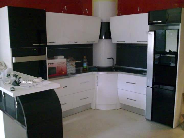Кухненско обзавеждане - Черен и бял гланц